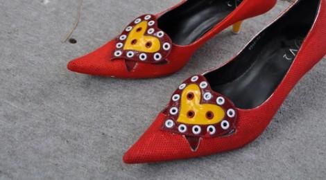 Elina Chauvet, Zapatos Rojos, El Paso Texas, Installation (detail) 2012, photo Heimpel Roses Carolina.