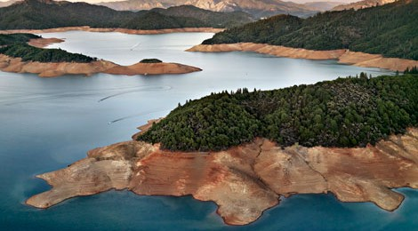 Edward Burtynsky, Shasta Lake Reservoir, Northern California, USA, 2009, Courtesy of Rena Bransten Gallery, San Francisco, CA