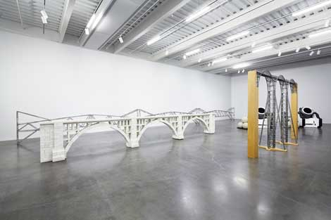 Chris Burden, Three Arch Dry Stack Bridge, 1/4 Scale, 2013, courtesy of the artist