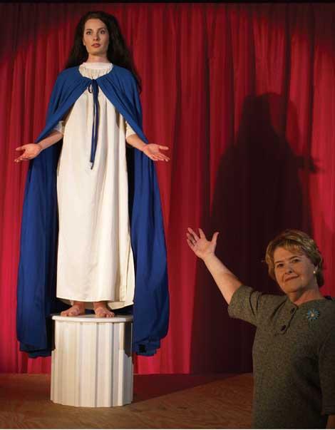 KELLEY 2005 Mouvement Portfolio 1 Picking a Mary No Beauty, No Truth