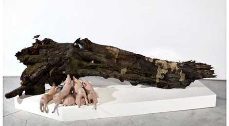 Polly Morgan, The Fall, 2012, fiberglass, various taxidermy, silicone casts.