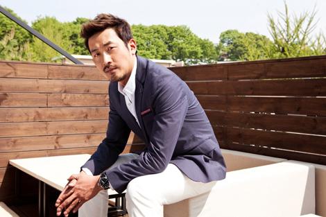 Above: Artist/actor/director Ha Jung-woo, courtesy PYO Gallery LA, pyogalleryla. com.