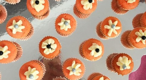 Nihura Montiel cupcakes at opening 470x260 <ns>Gallery Rounds</ns>