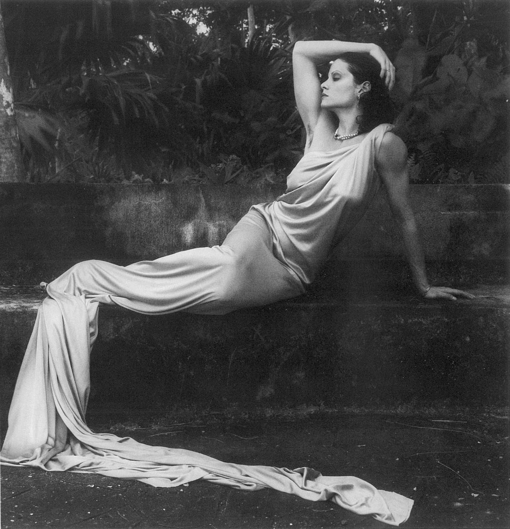 Robert Mapplethorpe Lisa Lyon, 1982, Gelatin silver print, Promised Gift of The Robert Mapplethorpe Foundation to the J. Paul Getty Trust and the Los Angeles County Museum of Art, © Robert Mapplethorpe Foundation.