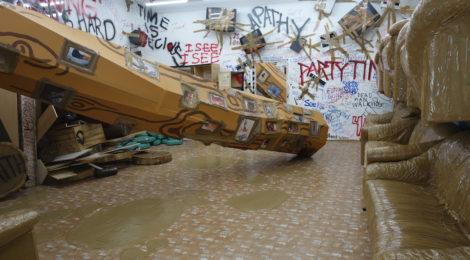 ThomasHirschhorn1 470x260 <ns>Gallery Rounds</ns>