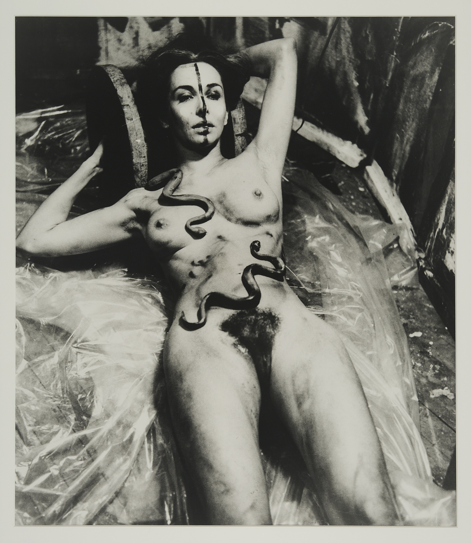 Carolee Schneemann, Eye Body (From 36 Transformative Actions for Camera), 1963/1985; ©Carolee Schneemann, courtesy of Maccarone Gallery, New York.