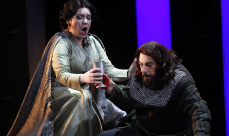 Plácido Domingo as Macbeth and Ekaterina Semenchuk as Lady Macbeth.