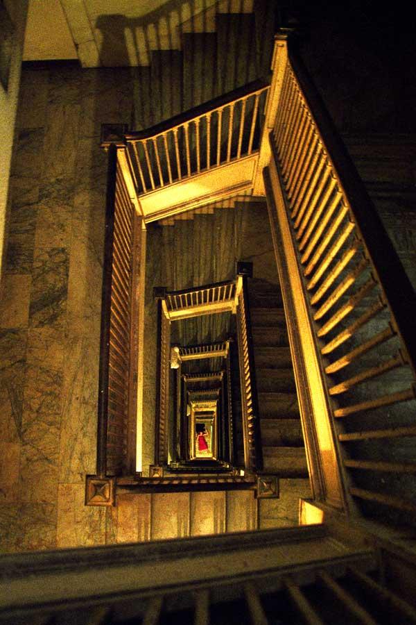 Melanie Pullen, Stairs, 2004