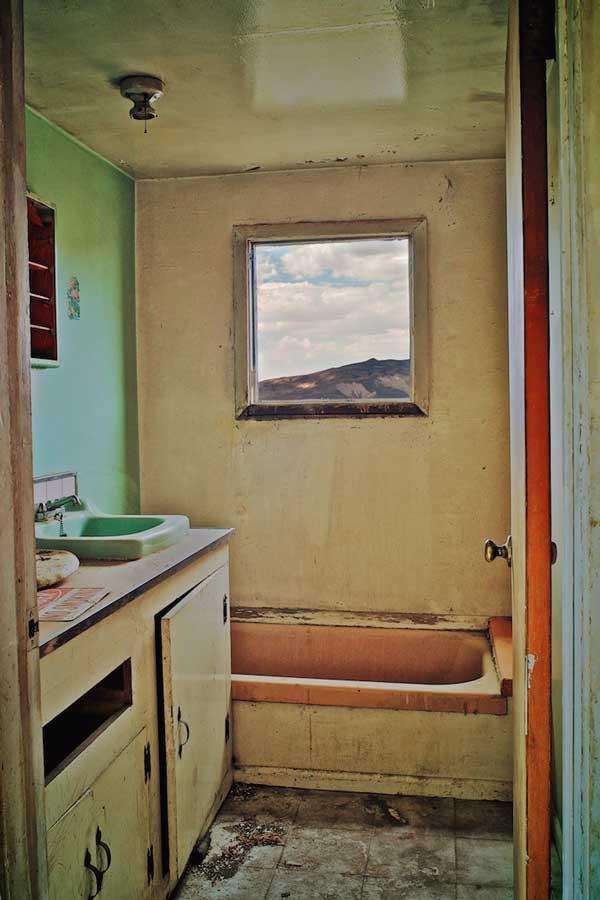 Osceola Refetoff Burro Schmidt  Caretakers House Bathroom 2009 Osceola Refetoff: A Room with a View