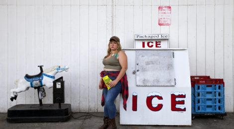 Genevieve Gaignard, Vanilla Ice, 2016, ©Genevieve Gaignard and courtesy of Shulamit Nazarian, Los Angeles.