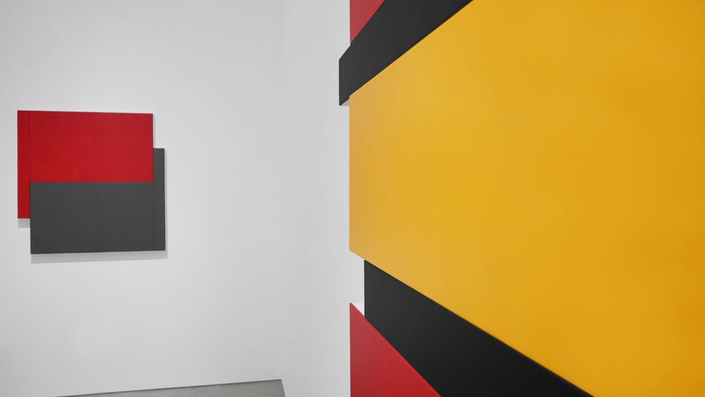 Scot Heywood: Shift|Stack|Sunyata, (installation view). Courtesy of Peter Blake Gallery.