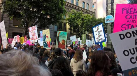 Women's March LA, photo by Scarlet Cheng.