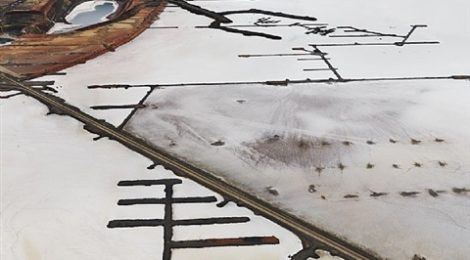 Edward Burtynsky – Industrial Abstract