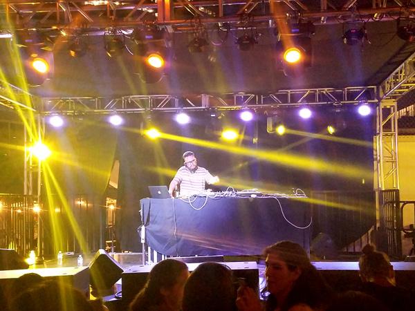DJ Nobody Jazz in the Summertime Feels so Correct