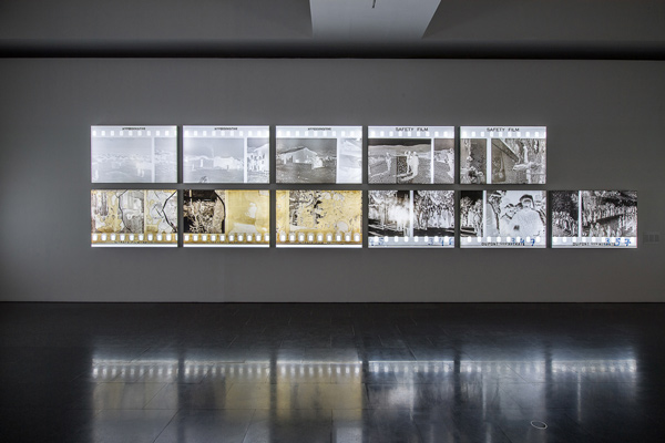 Akram Zaatari. Against photography. An annotated history of the Arab Image Foundation  2017, Exhibition views Foto: Miquel Coll