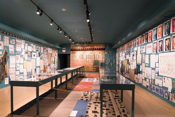 6 Carpe Diem web <h6 class=sub> USC Fisher Museum: </h6> <h1 class=post title entry title> James hd Brown </h1>