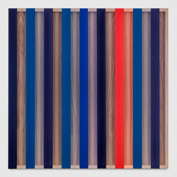 Brian Wills, Untitled (Red and Blue banded hovering thread), 2017, photo by Joshua White, courtesy of the artist and Praz-Delavallade.