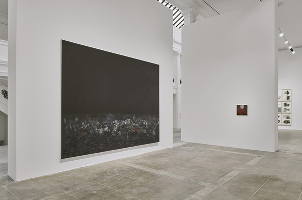 KUITCiv HWLA 0519 MD view0177 install web <h6 class=sub> Hauser & Wirth: </h6> <h1 class=post title entry title> Guillermo Kuitca </h1>