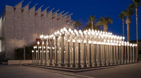 Chris Burden, Urban Light, at LACMA